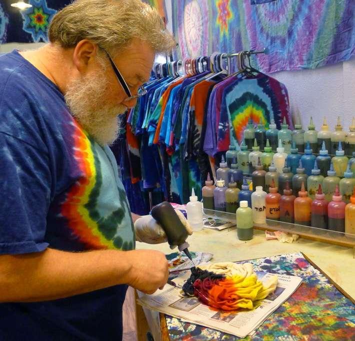 Making a tie dye